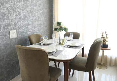 Dining table in Fio Homes